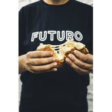 camiseta adulto FUTURO
