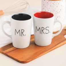 Caneca Mr. or Mrs.