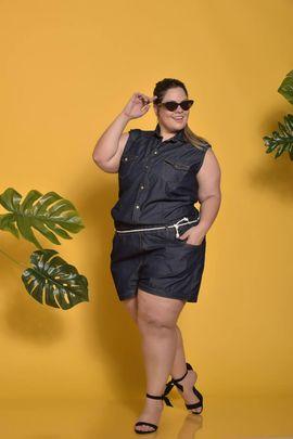 Macaquinho Feminino Jeans Plus Size Amaciado sem Lycra Xtracharmy