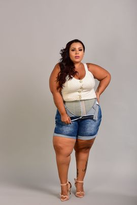 Shorts Feminino Jeans Cintura Alta Meia Coxa Com Cinta Modeladora Xtracharmy
