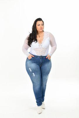 Calça Feminina Jeans skinny Plus size Cintura Alta Detalhe Devorê Frontal