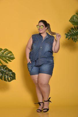 Macaquinho Feminino Jeans Plus Size Amaciado sem Lycra Delavê