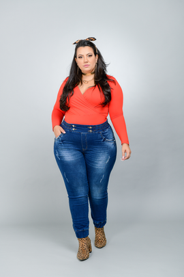 Calça Feminina Jeans Jogger Plus Size Cintura Alta Com Botão