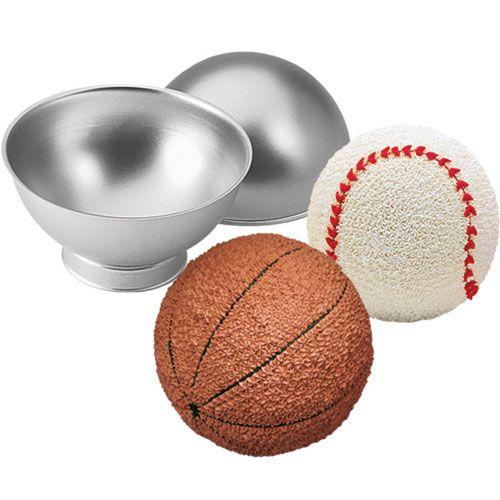 Assadeira Bolo de Bola de Esportes - Wilton