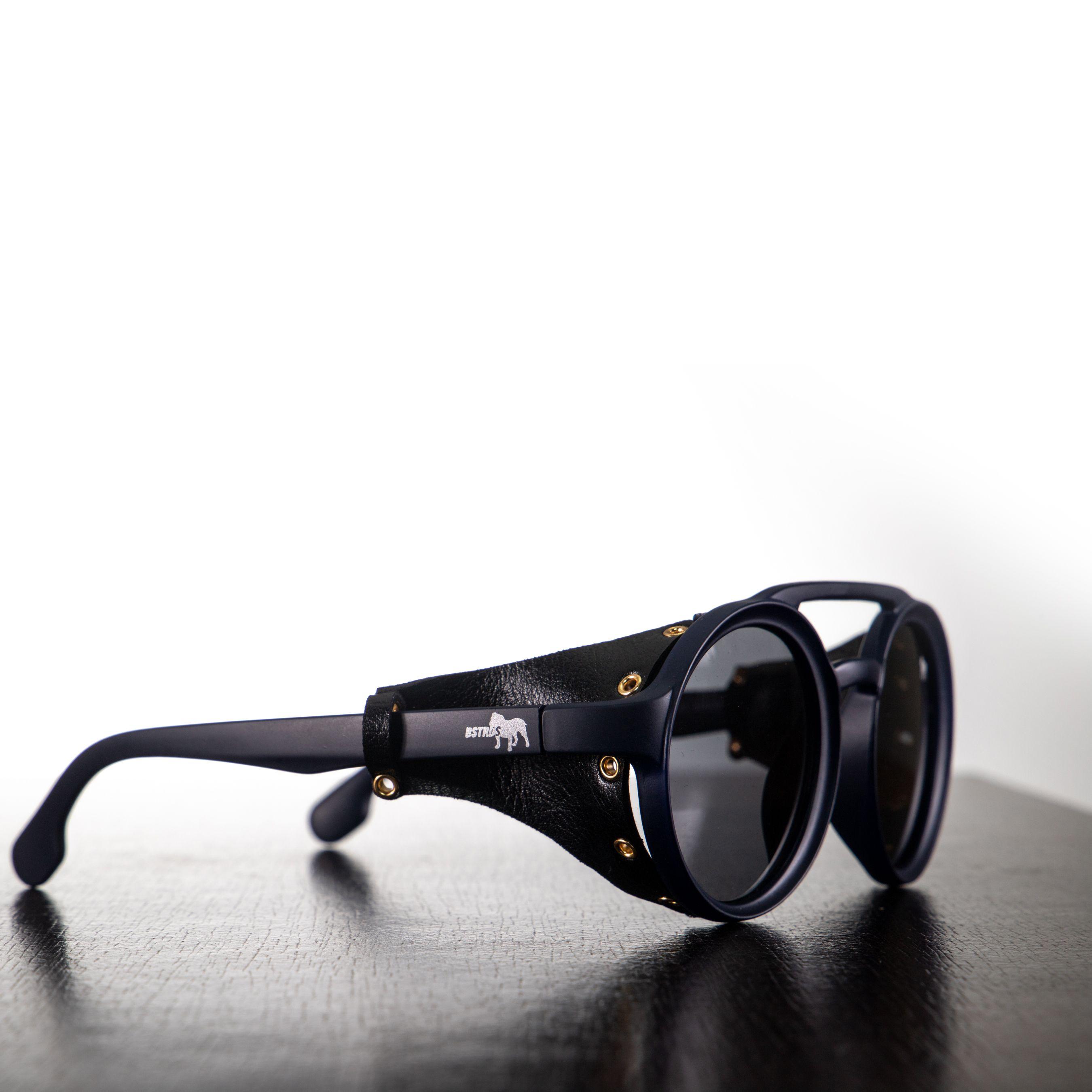 Óculos Azul Marinho - Detalhe Em Couro