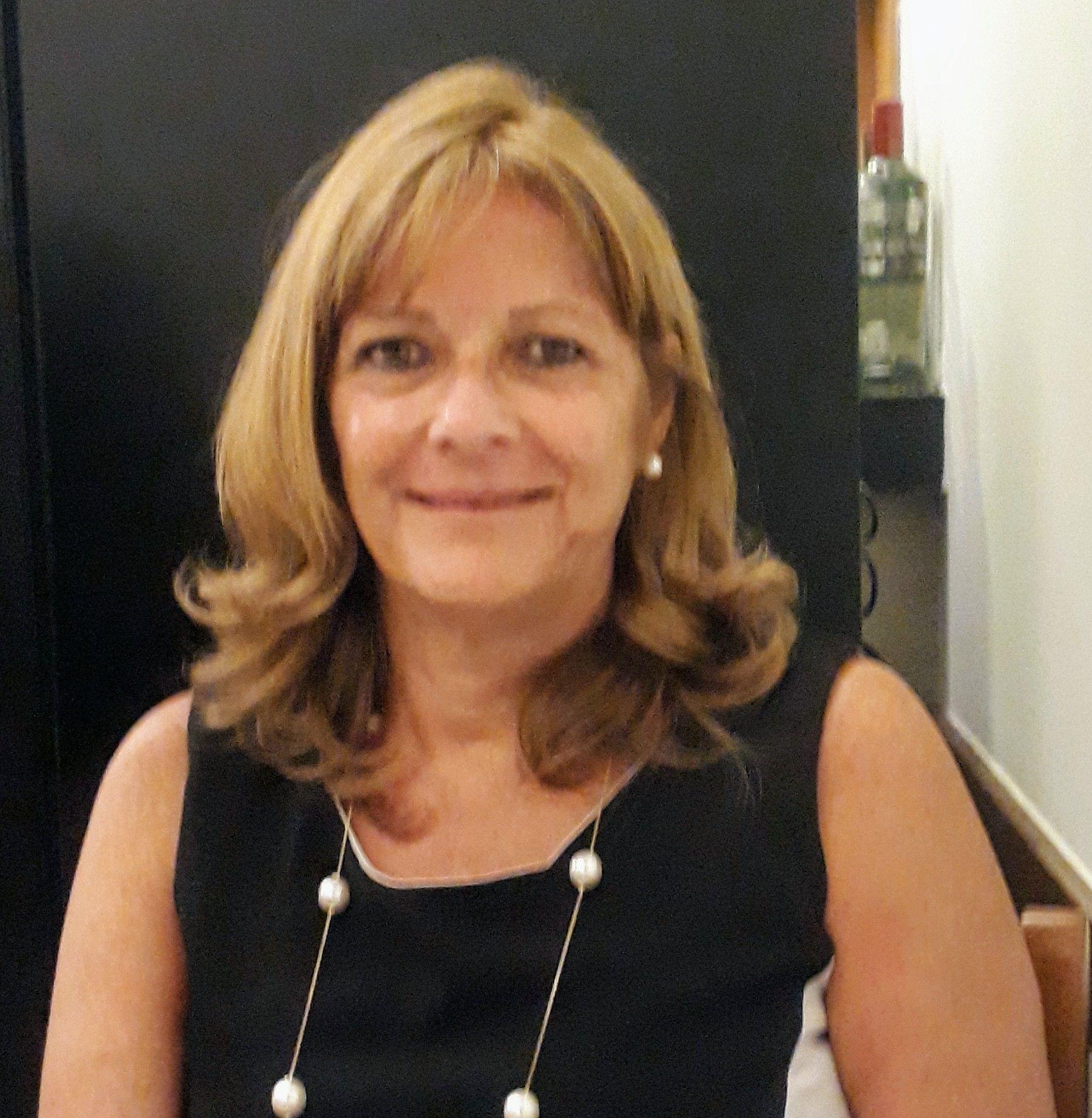 Ligia de Carvalho Abões Vercelli