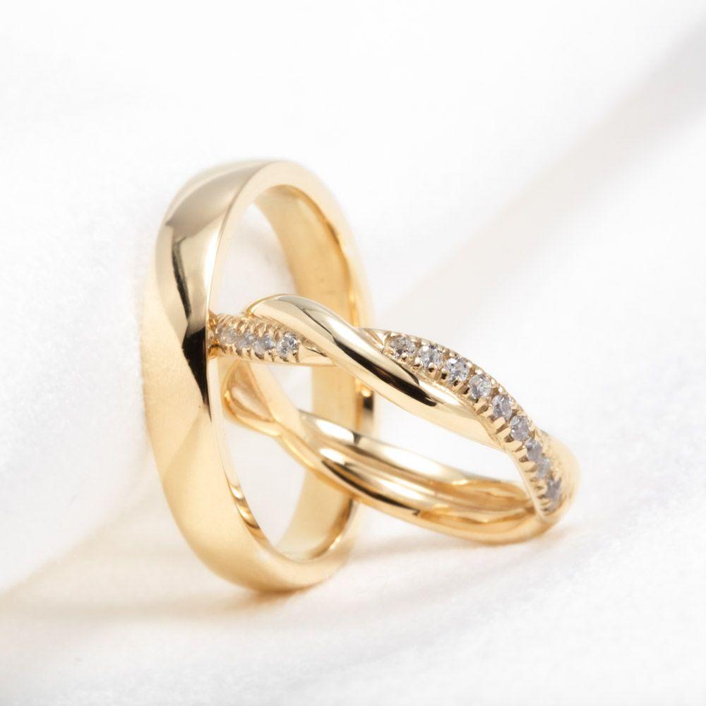 imagem do produto Aliança Trançada de Ouro com Moissanites cod. 401
