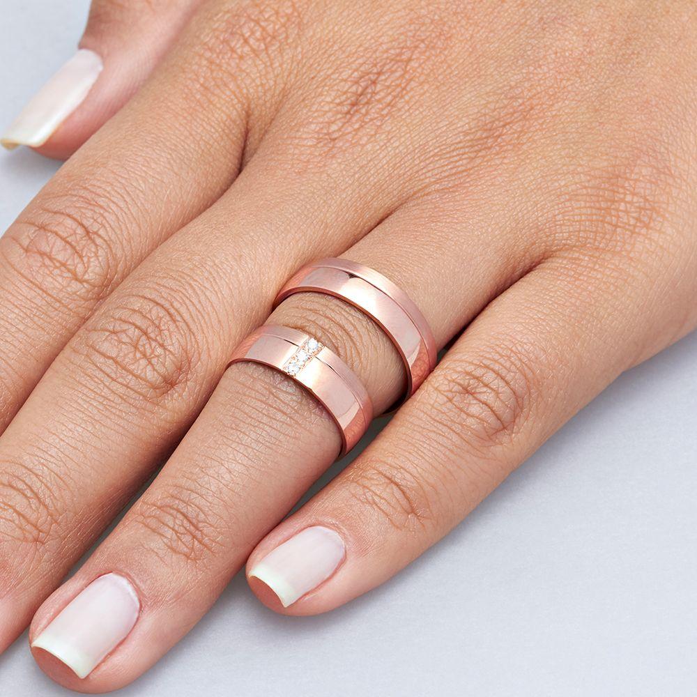 imagem do produto Alianças de Ouro na Cor Rosê 3 Diamantes na Feminina Cód. 424