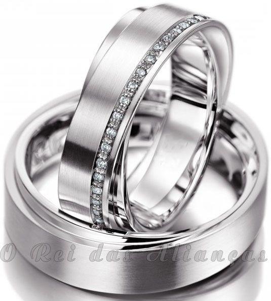 imagem do produto Alianças de prata foscas duplas com friso de diamantes híbridos Cód. 8564