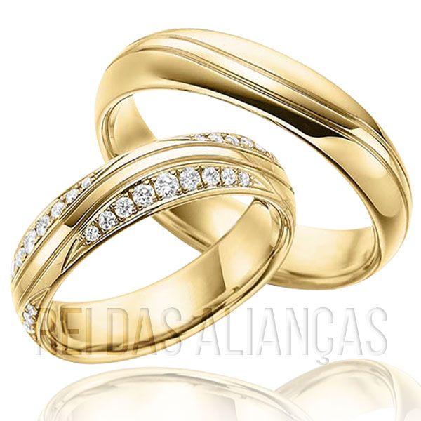 imagem do produto Alianças de Ouro Design Luxuoso com Diamantes na Feminina Cód. 153