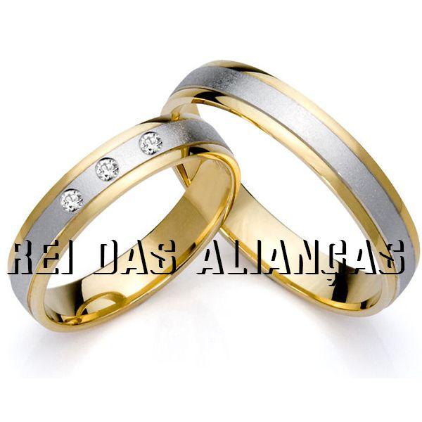 imagem do produto Alianças Ouro 18k Amarelo com Branco 3 diamantes Cód. 689