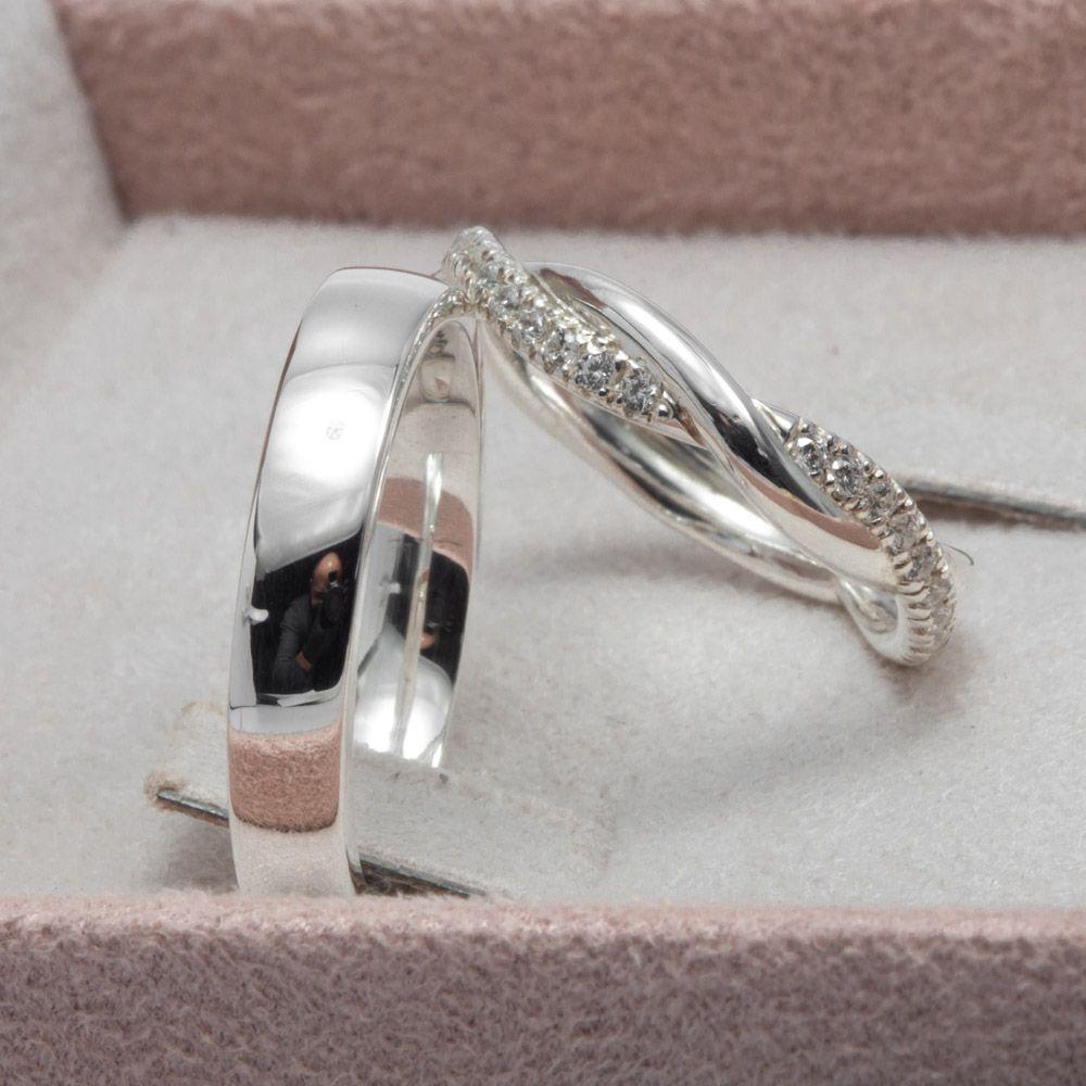 imagem do produto Aliança Trançada de Prata com Pedras Versão 2 Cód: 8688