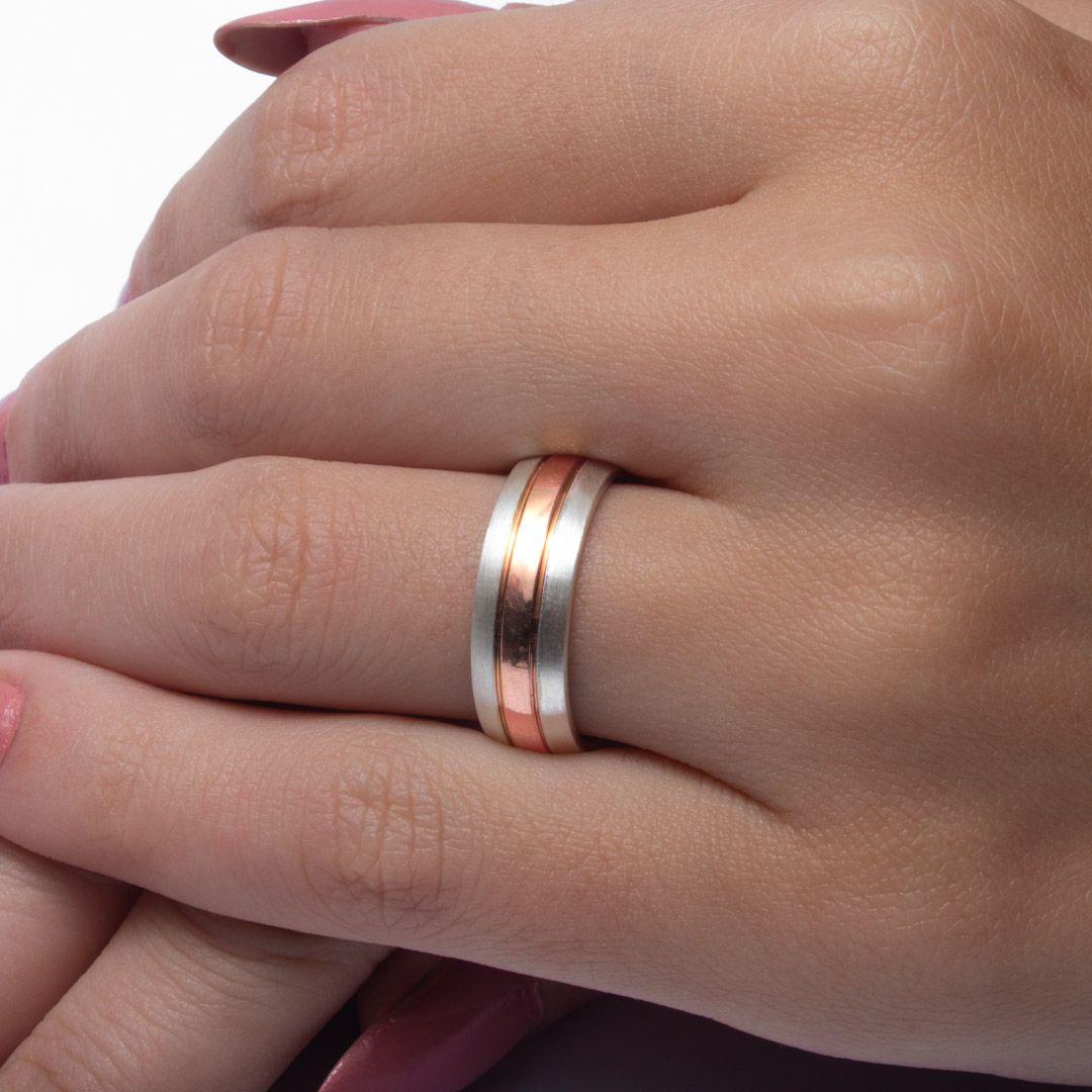imagem do produto Alianças de Prata com filete de Ouro 10k Cód. 6224