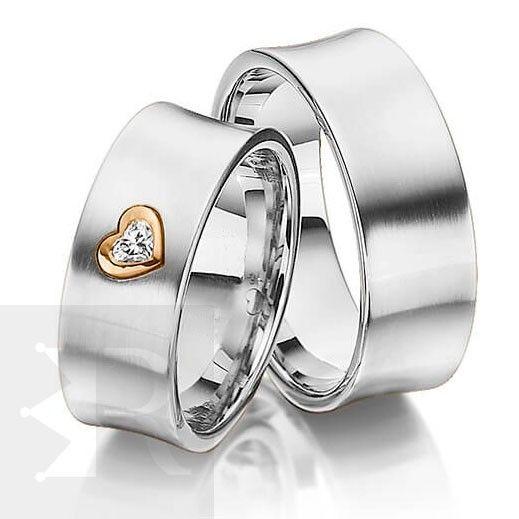 imagem do produto Alianças de Prata Côncava com coração central em ouro 18k Cód. 6212