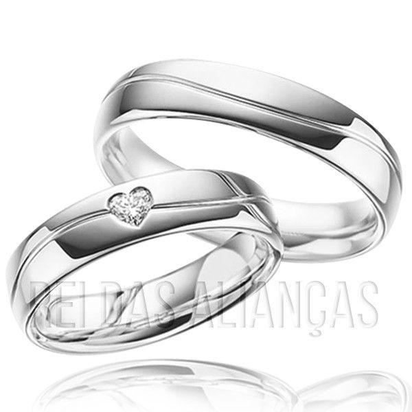 imagem do produto Alianças de Prata Personalizada Com Pedra de Coração na Feminina Cód. 8698