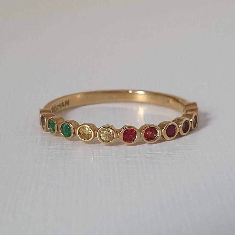 Aparador de Aliança Wish Arco-íris pedras coloridas