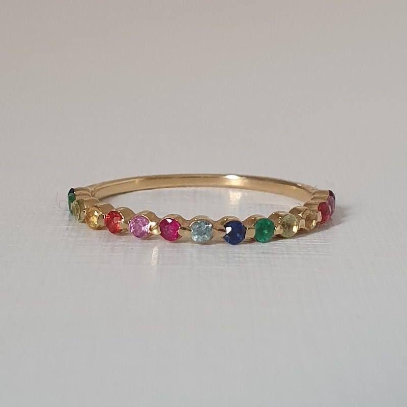Aparador de Aliança Moon Arco-íris pedras coloridas