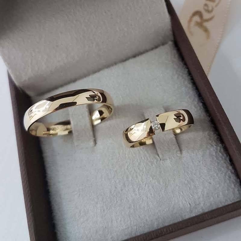 Aliança de Casamento em Ouro 18K Santos
