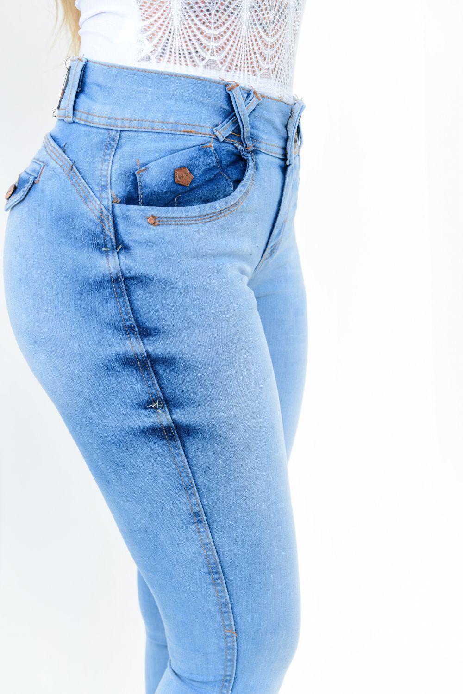 Calça Feminina Jeans Skinny Detalhe Bolso Lapela