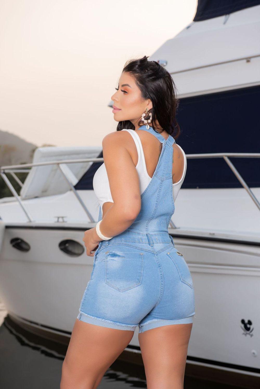 Macaquinho Feminino Jeans Delavé W.Pink