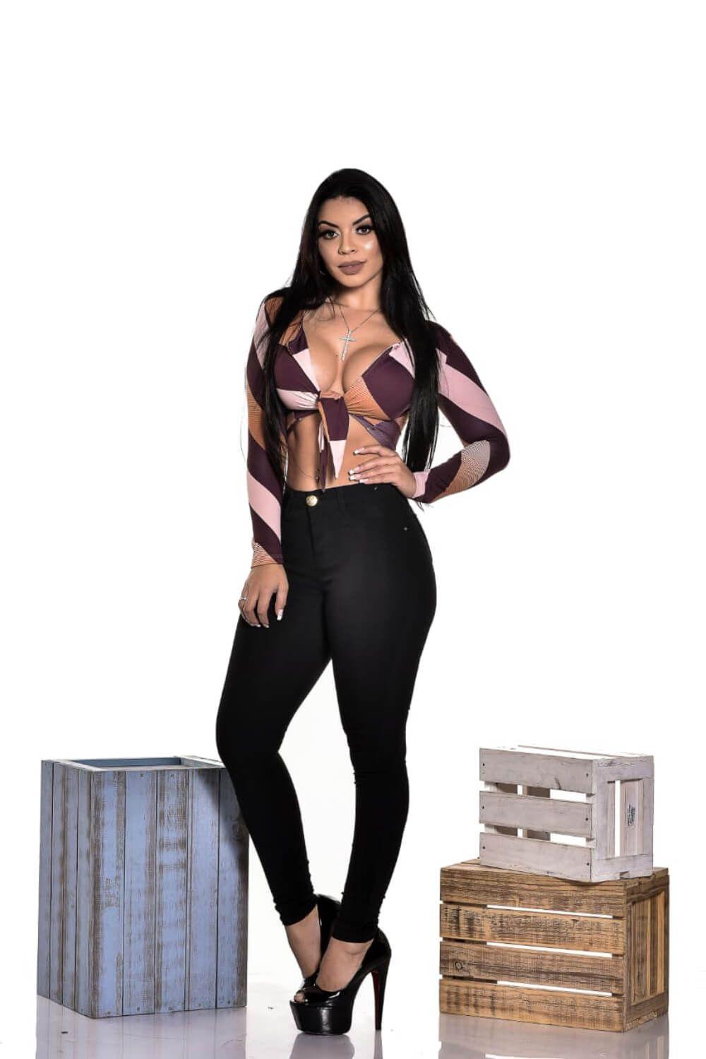 Calça Feminina Skinny Bengaline Black W.Pink