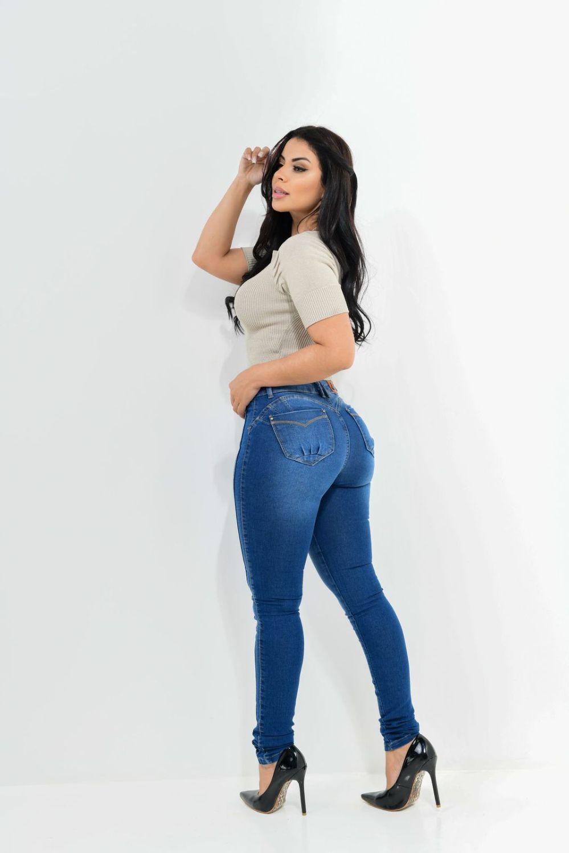 Calça Feminina Jeans Skinny Detalhe Botões Laterais