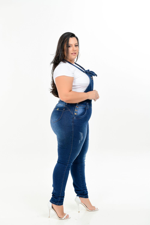 Macacão Feminino Jeans Skinny Plus Size Com Lycra Cintura Média